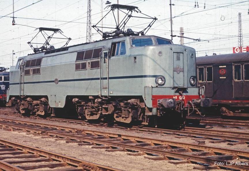 p40463.jpg