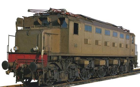 VITRAINS 2200 FS Loco E326.004 castano-isabella c/sep. d'Arbela